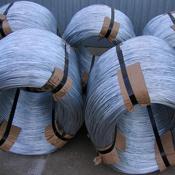 Оцинкованная проволока для производства сетки двойного кручения